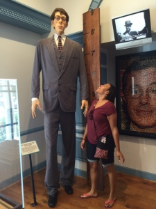 Quita & the Tallest Man in the World at Ripley's