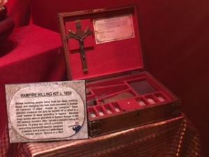 Vampire Killing Kit (Ripley's)